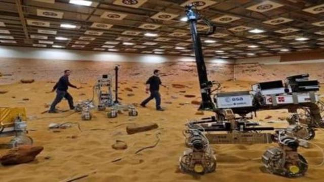 Here's the surface of MARS – Mars Perseverance Rover Landing Debunked – NASA's money thieving BS 17-9-2021
