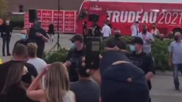 Trudeau Afraid To Get Off the Bus FEARING ATTACK – The streets are no longer safe for the SCUMBAG 12-9-2021